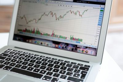 online forex trading 2 - Economic News Is Nothing But Lies